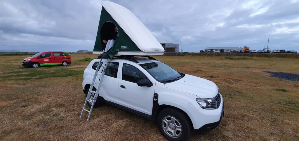 Rooftop tent in Vik camp