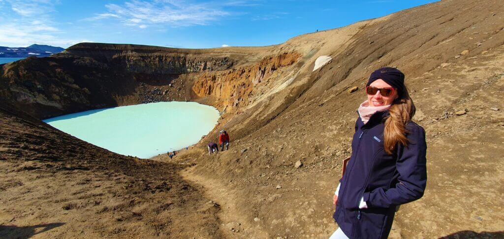 askja crater hiking trail