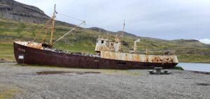 Garðar BA 64 shipwreck road 612 Orlygshafnarvegur