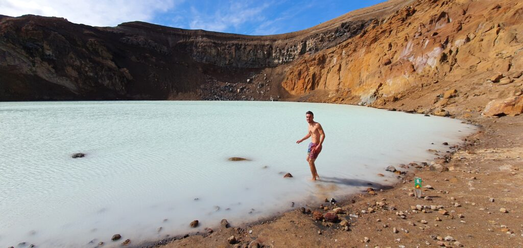 swimming in askja crater