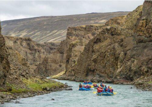 viking family rafting